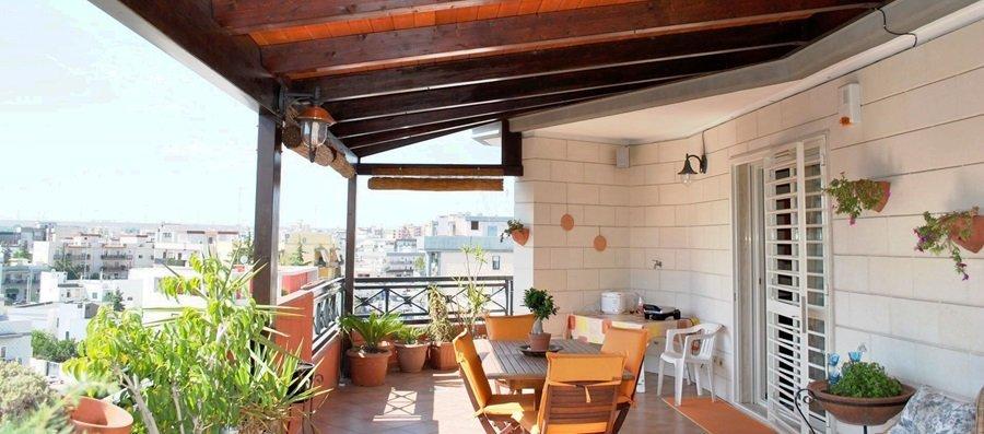 http://bassi-gestioni-immobiliari.it/wp-content/uploads/2017/06/Tettoia.jpg